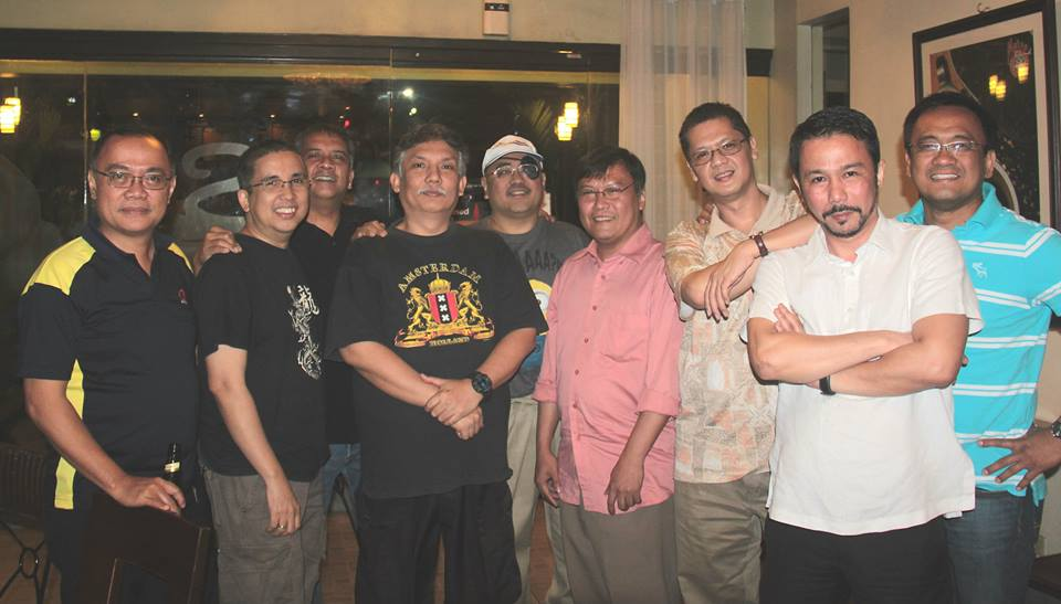 Hanging around with Lourdes School QC '82 (Thursday Club) at Metro Blend Coffee, Timog QC — with Raul Clemente, Philip Albert Felix, Rom Cumagun, Romeo Alpha, Victor Gabriel Battung, George Pickell Escarraga, Manny Salonga, Joseph John M. Literal and Mario Guerrero Mariano